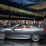 Die Vorstandsmitglieder der Daimler AG präsentieren das neue S-Klasse Cabrio. Foto: Daimler / news2do.com
