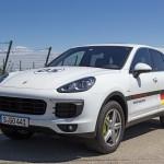Porsche Cayenne S E-Hybrid: Bis zu 36km rein elektrisch unterwegs. Foto: http://news2do.com