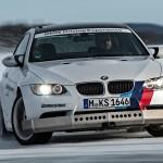 BMW Driving Experience 2014 - BMW M3 und Spikes auf Eis. Foto: BMW / http://news2do.com