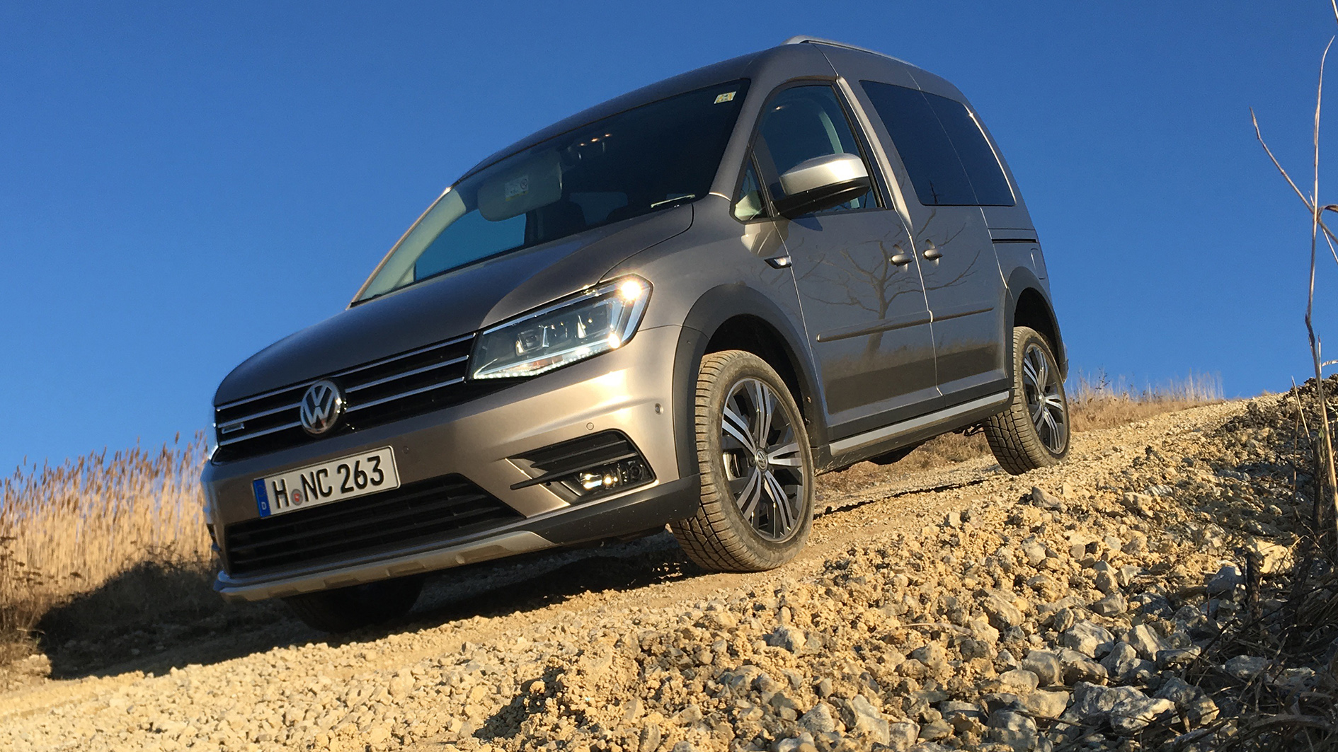 vw caddy alltrack 2 0 tdi 4motion modell 2016 allrad. Black Bedroom Furniture Sets. Home Design Ideas